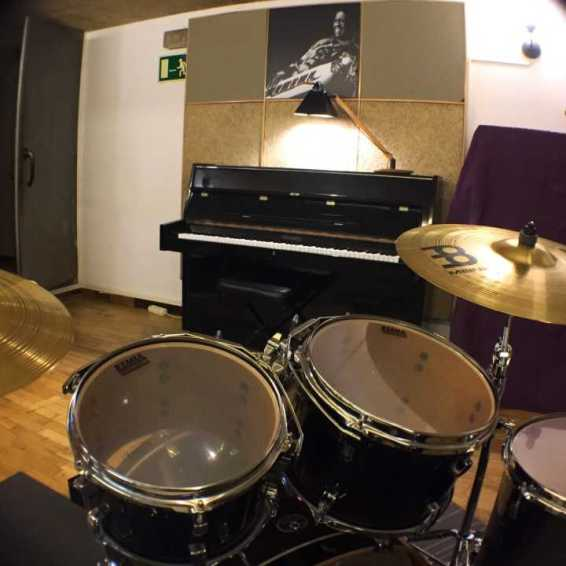 Studio live music 4